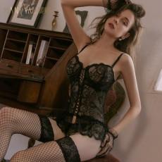 【天猫】曼烟宫廷风复古蕾丝吊带束身连体衣马甲套装9525