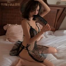 【天猫】曼烟蕾丝水溶花边网纱透视波点吊带睡裙9826