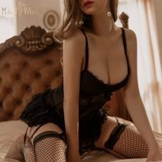 【天猫】曼烟蕾丝聚拢钢托吊带裙修身马甲蓬蓬公主裙9937